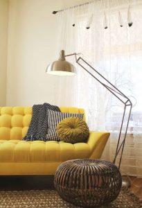 Skema warna rumah monokrom akan langsung menghasilkan suasana interior yang harmonis.